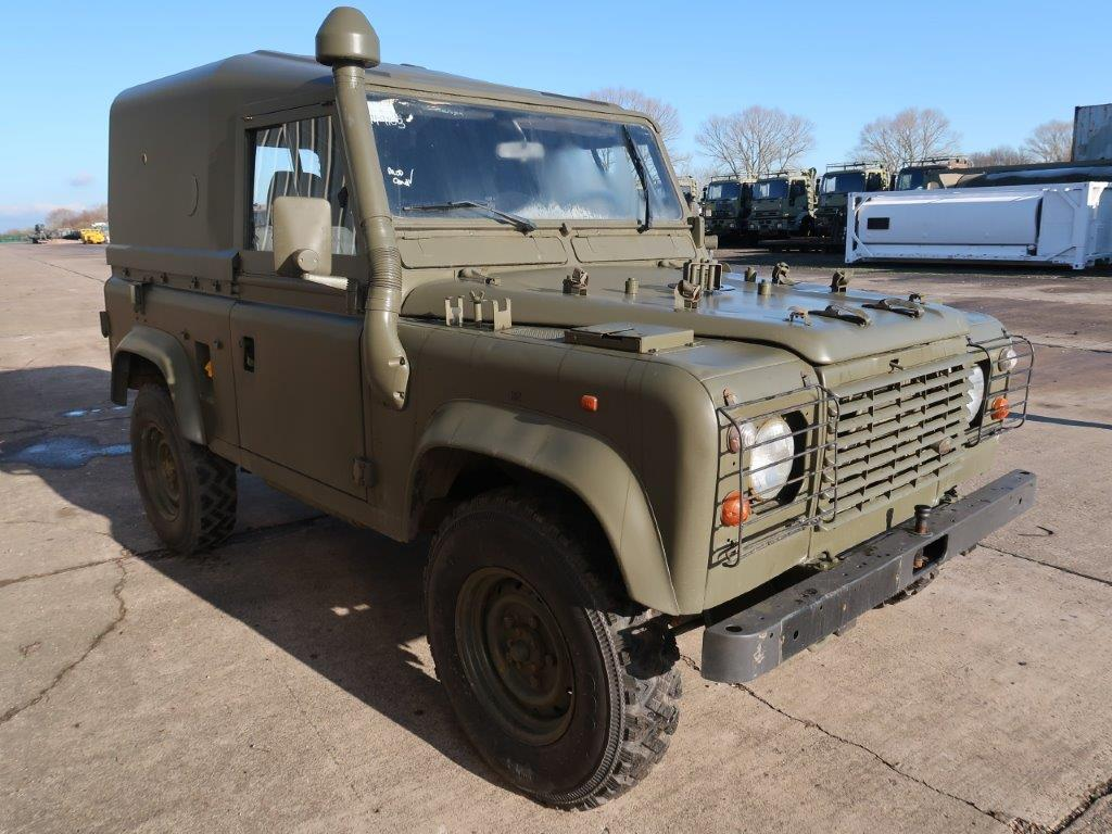 Just arrived Land Rover Defender 90 Wolf LHD Hard Top