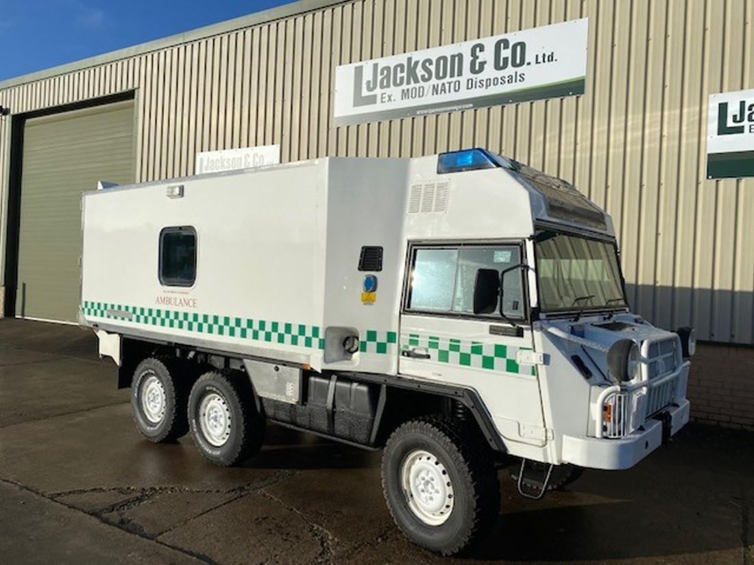 Pinzgauer 718 6x6 Ambulances