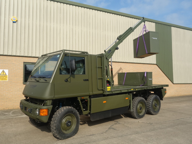 Latest arrivals: 5x Mowag Duro II 6x6 and 5x Land Rover 130  Ambulances