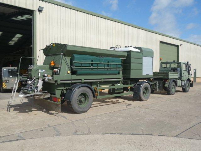 Latest arrivals: Schmidt towed gritter trailer