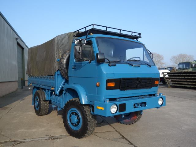 Man 8.136 shoot truck heading to new Zealand Used ex army truck for sale